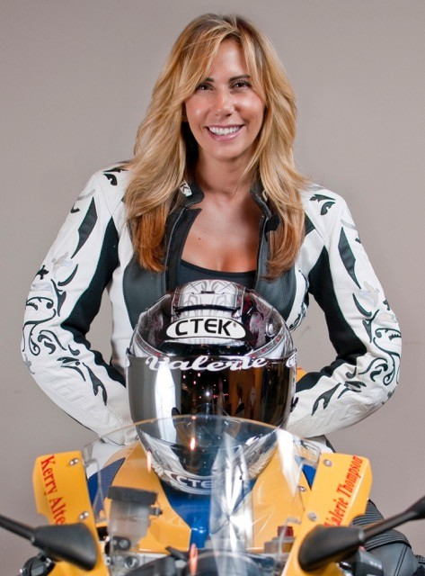 Valerie Thompson returns to NHRA drag racing series and land speed racing in 2016